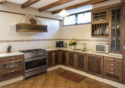 Cocina estilo rustico de la casa rural A Canteira en Vimianzo A Coruña Galicia