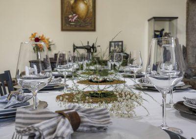Salón comedor de hasta 10 comensales en la Casa rural A Canteira